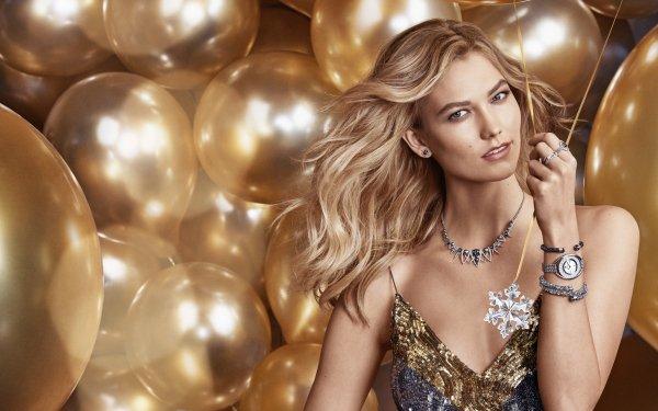 Celebrity Karlie Kloss Models United States Balloon American Model Blonde Necklace Golden HD Wallpaper | Background Image