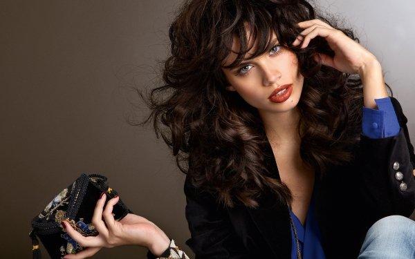 Celebrity Sara Sampaio Models Portugal Model Portuguese Black Hair Lipstick HD Wallpaper | Background Image