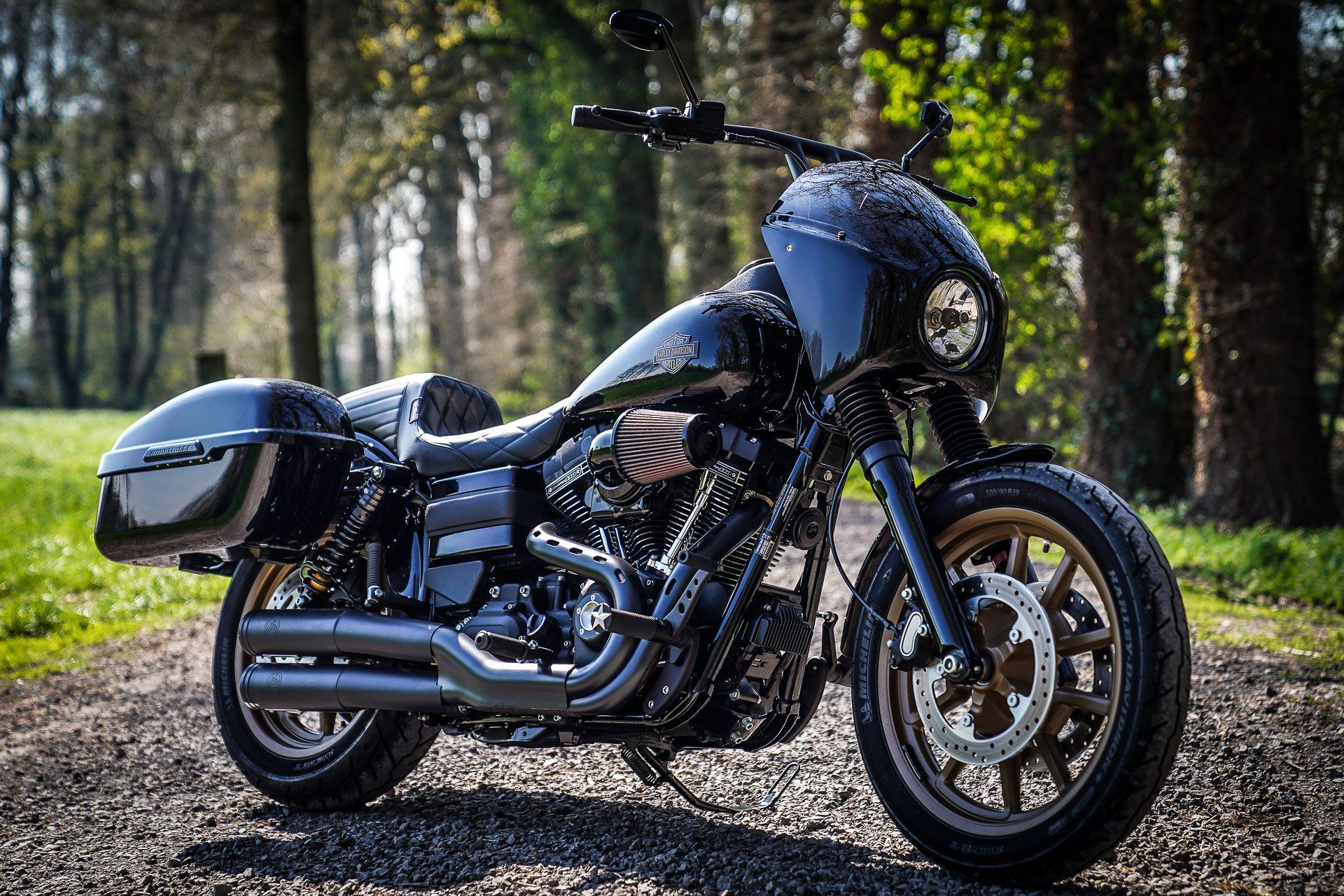 Johnny Black customized Thunderbike Harley Davidson ...