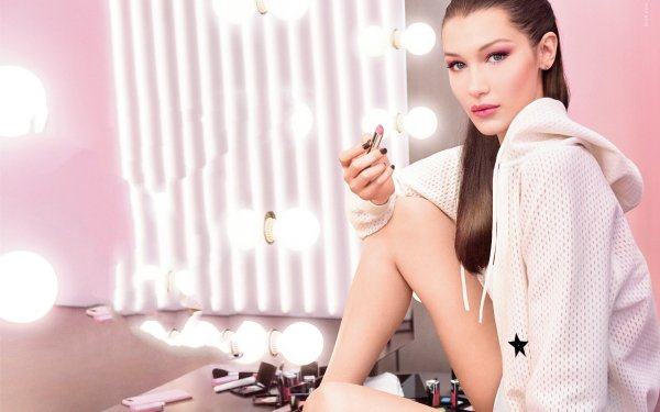 Celebrity Bella Hadid Models United States American Model Brunette Lipstick Blue Eyes HD Wallpaper   Background Image