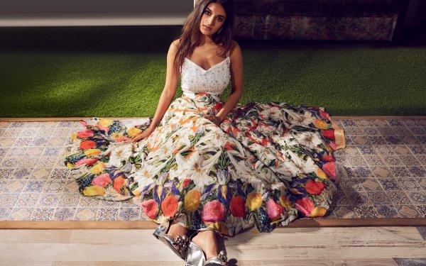 Celebrity Nidhhi Agerwal Actresses India Girl Indian Actress Bollywood Brunette HD Wallpaper | Background Image