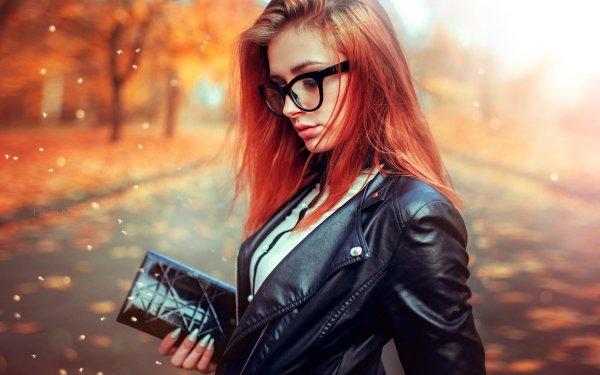 Mujeres Estado de ánimo Woman Modelo Redhead Depth Of Field Glasses Fondo de pantalla HD | Fondo de Escritorio