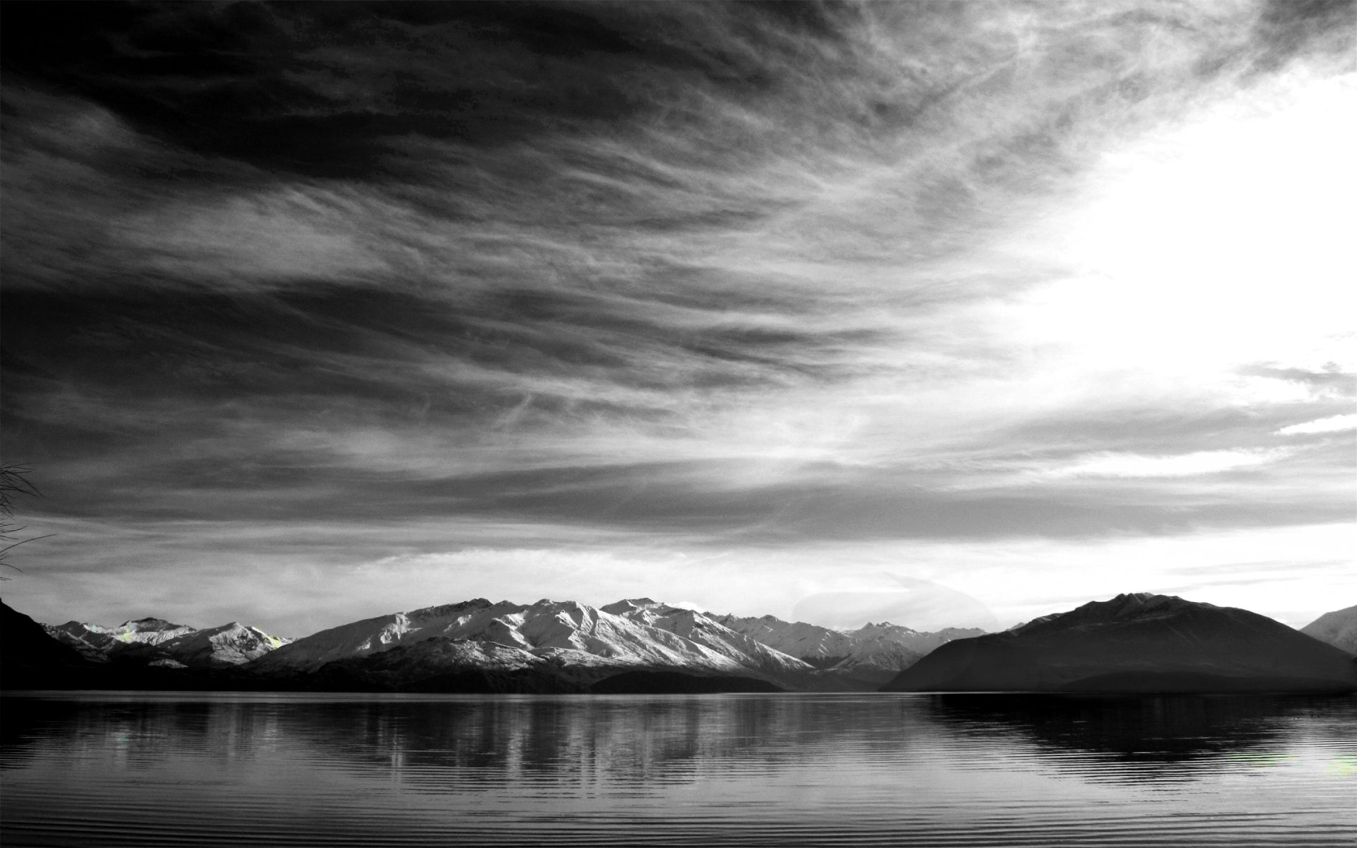 Earth - Scenic  Black White Lake Mountain Wallpaper