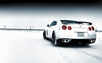 Vehicles - Nissan Wallpapers and Backgrounds ID : 319318