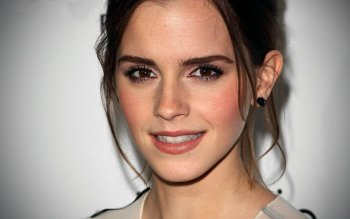 Celebrity - Emma Watson Wallpapers and Backgrounds ID : 320587