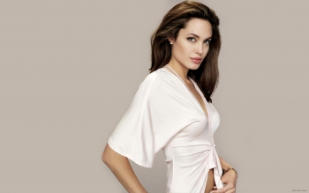 Celebrita' - Angelina Jolie Wallpapers and Backgrounds ID : 322848