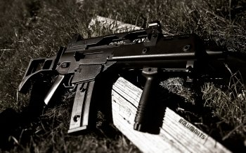 Weapons - Assault Rifle Wallpapers and Backgrounds ID : 325663