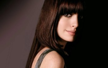 Celebrity - Anne Hathaway Wallpapers and Backgrounds ID : 325738