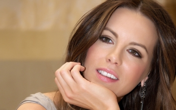 Celebrity - Kate Beckinsale Wallpapers and Backgrounds ID : 328614