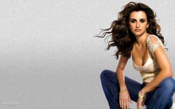 Celebrity - Penelope Cruz Wallpapers and Backgrounds ID : 331272