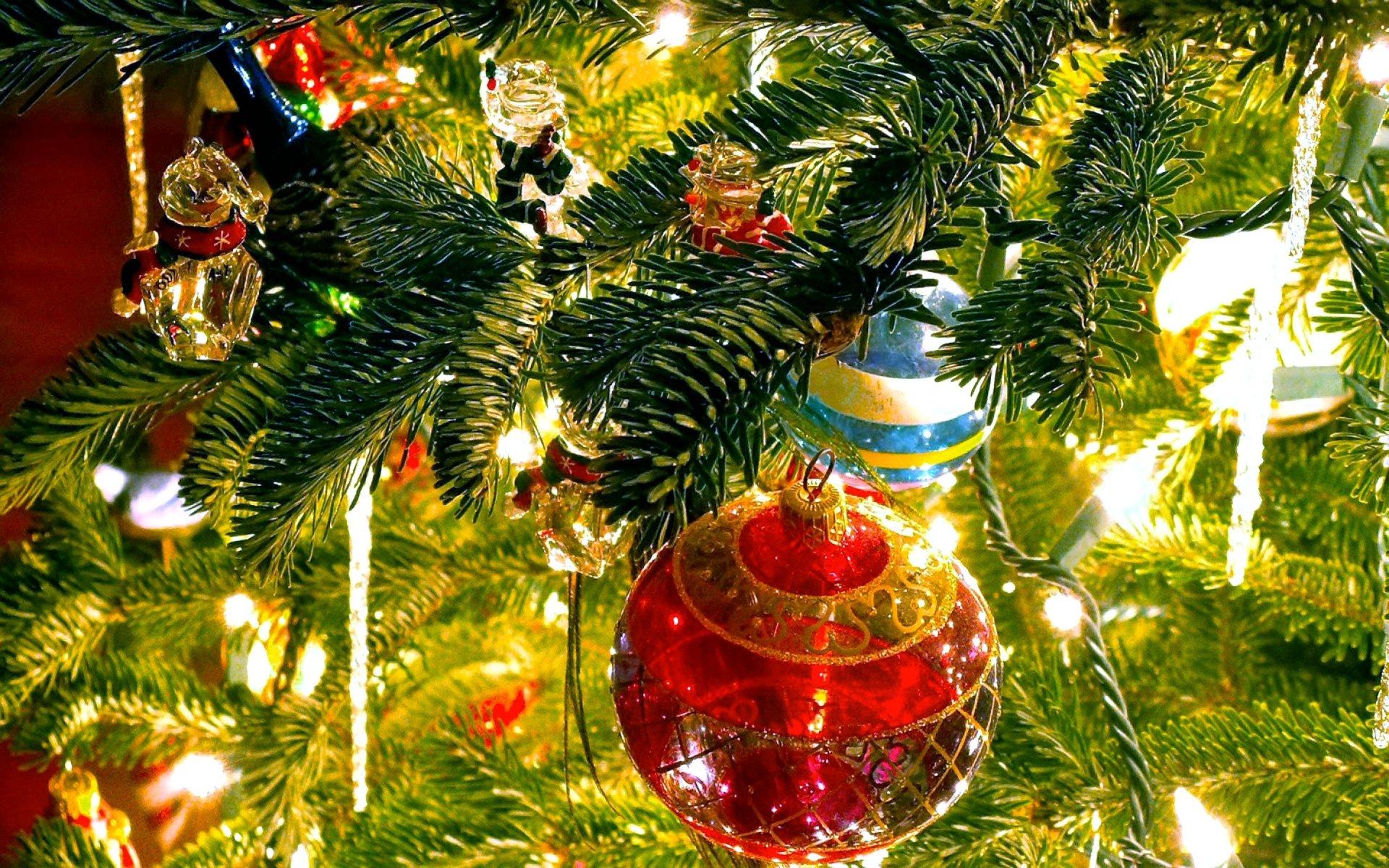 Holiday - Christmas  Christmas Ornaments Light Blur Wallpaper