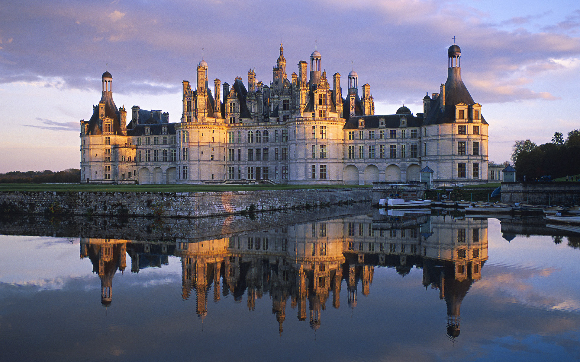 man made castle france chateau de chambord wallpaper - Castle