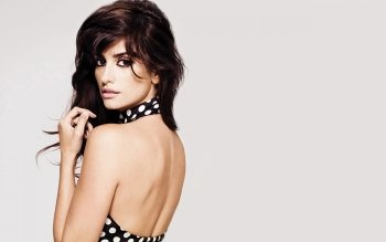 Berühmte Personen - Penelope Cruz Wallpapers and Backgrounds ID : 347438