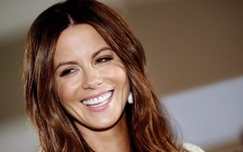 Celebrity - Kate Beckinsale Wallpapers and Backgrounds ID : 354456