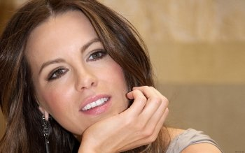 Berühmte Personen - Kate Beckinsale Wallpapers and Backgrounds ID : 354463