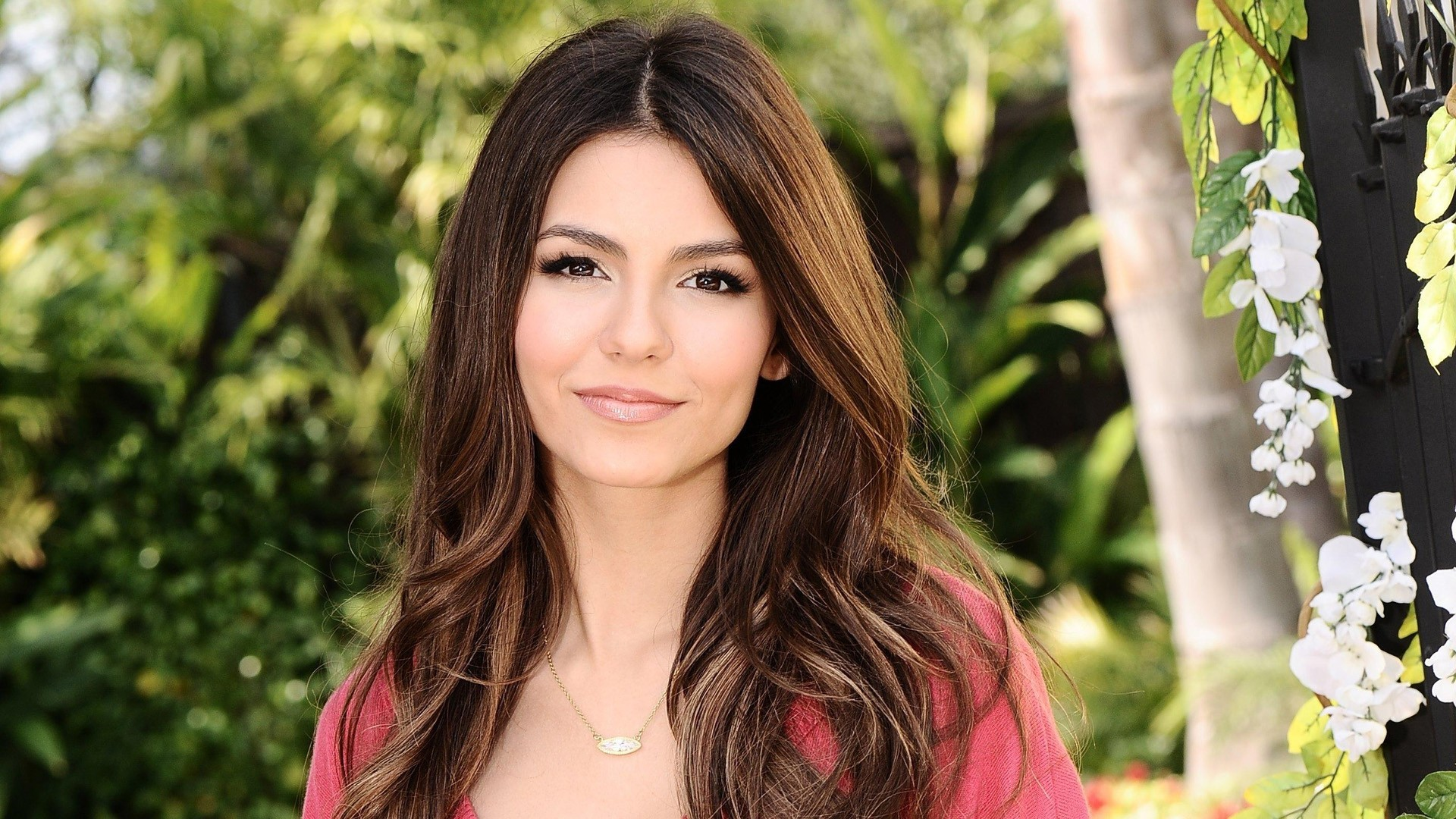 ... Actresses From The United States Of America Victoria Justice 355018