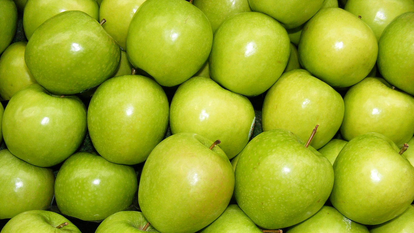 granny smith apples in my local shop wallpaper and background image