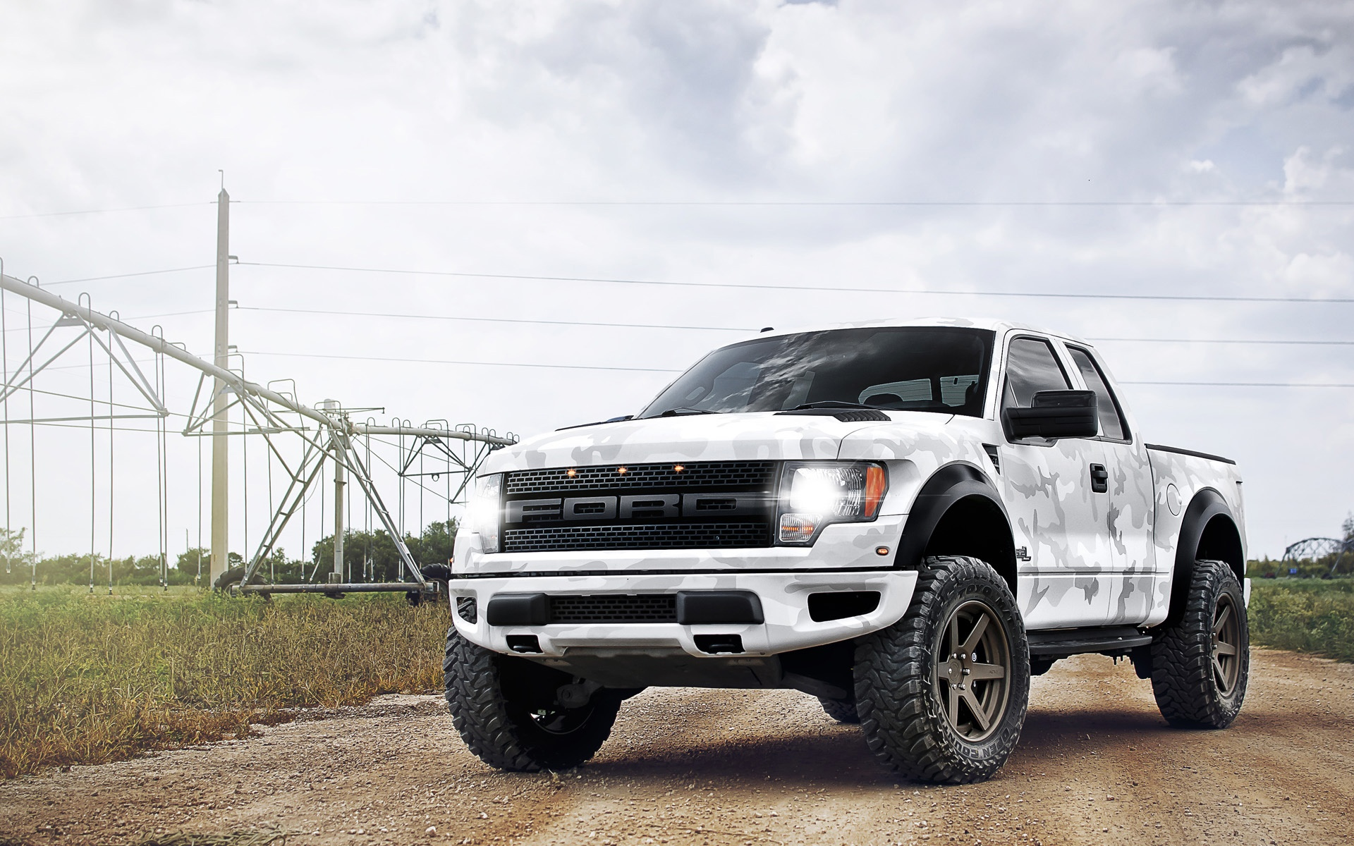 Ford raptor full hd wallpaper and background image 1920x1200 vehicles ford raptor wallpaper voltagebd Gallery