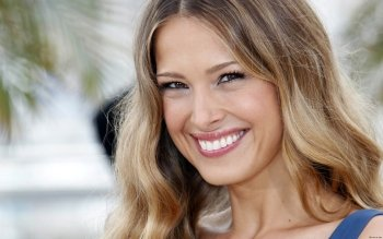 Celebrity - Petra Nemcova Wallpapers and Backgrounds ID : 359092