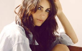 Women - Tanit Phoenix Wallpapers and Backgrounds ID : 369646