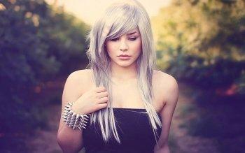 Preview Women - Blonde Art