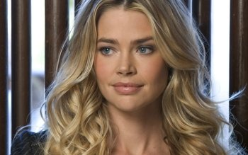Celebrity - Denise Richards Wallpapers and Backgrounds ID : 385141