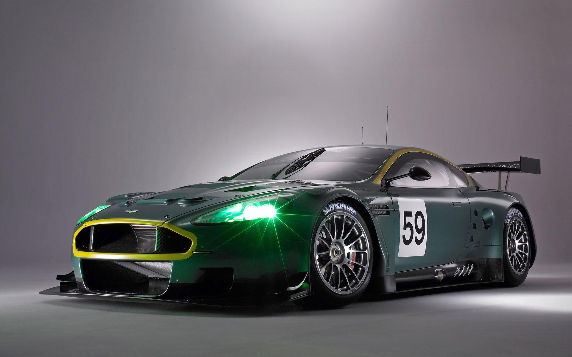 Vehicles - Aston Martin DB9  Wallpaper