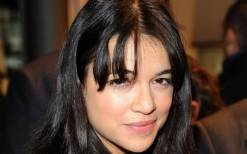 Celebridad - Michelle Rodriguez Wallpapers and Backgrounds ID : 400215