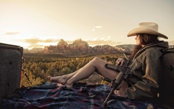 Women - Women & Guns Wallpapers and Backgrounds ID : 408568