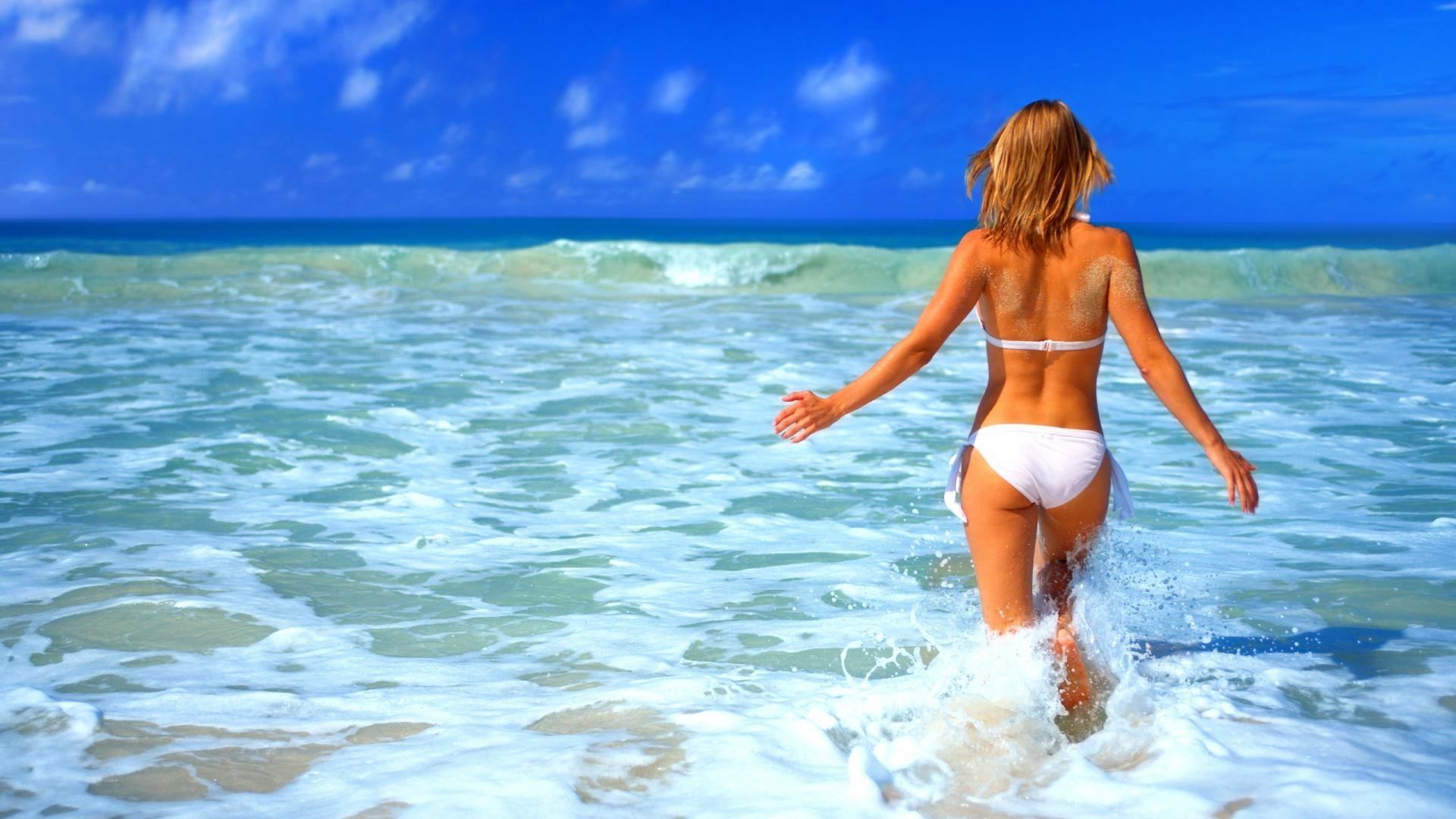 94 Bikini Hd Wallpapers Background Images Wallpaper Abyss