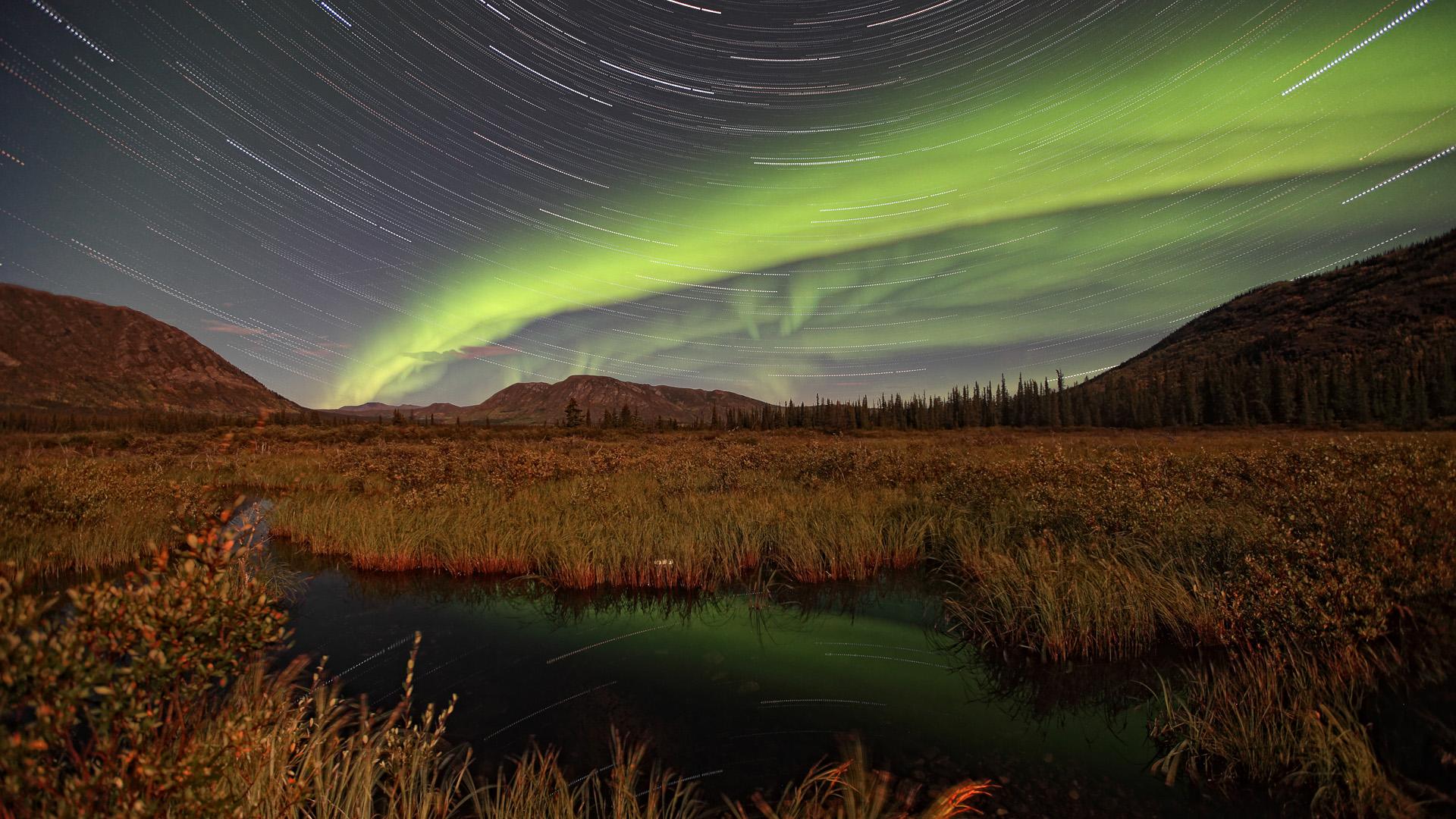 Star Trails and Aurora Borealis, Whitehorse, Yukon Full HD ...