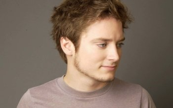 Celebrity - Elijah Wood Wallpapers and Backgrounds ID : 438233