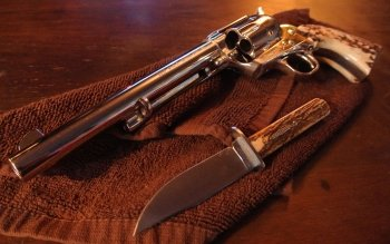 Weapons - Colt Revolver Wallpapers and Backgrounds ID : 445513