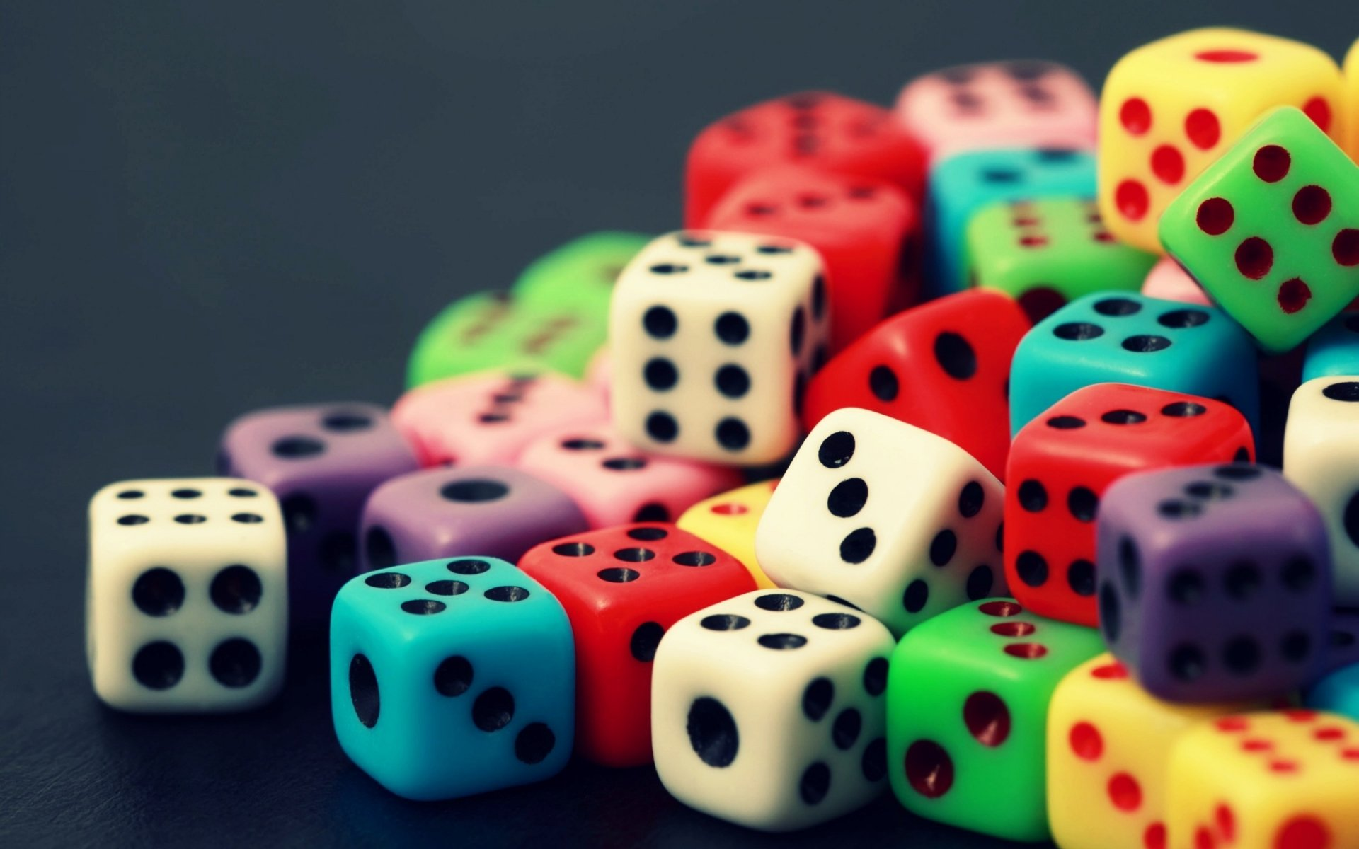Game - Dice  Wallpaper