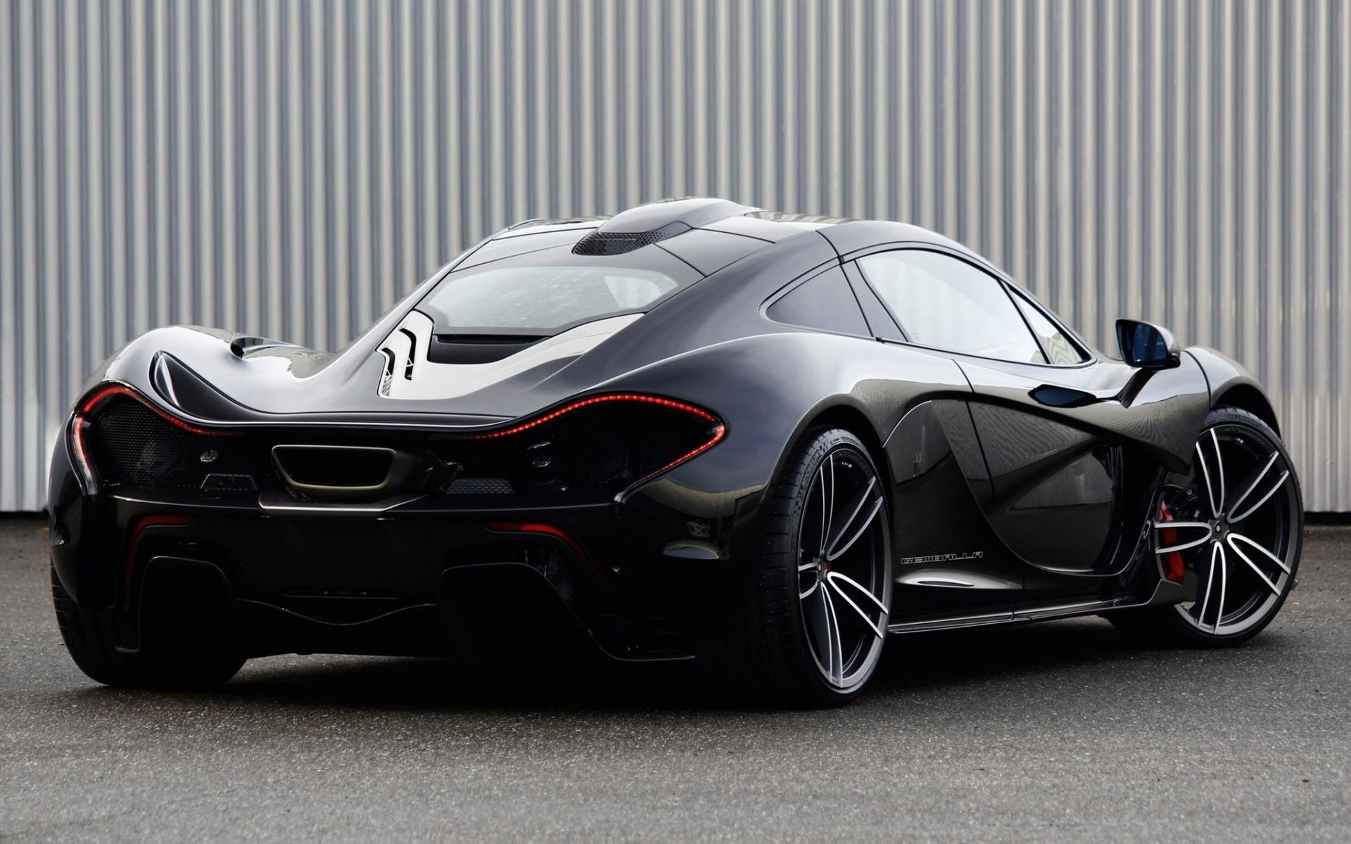 Vehicles - McLaren P1  Vehicle McLaren Wallpaper