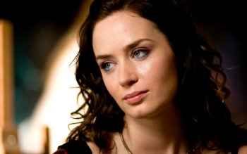 Celebrity - Emily Blunt Wallpapers and Backgrounds ID : 487643