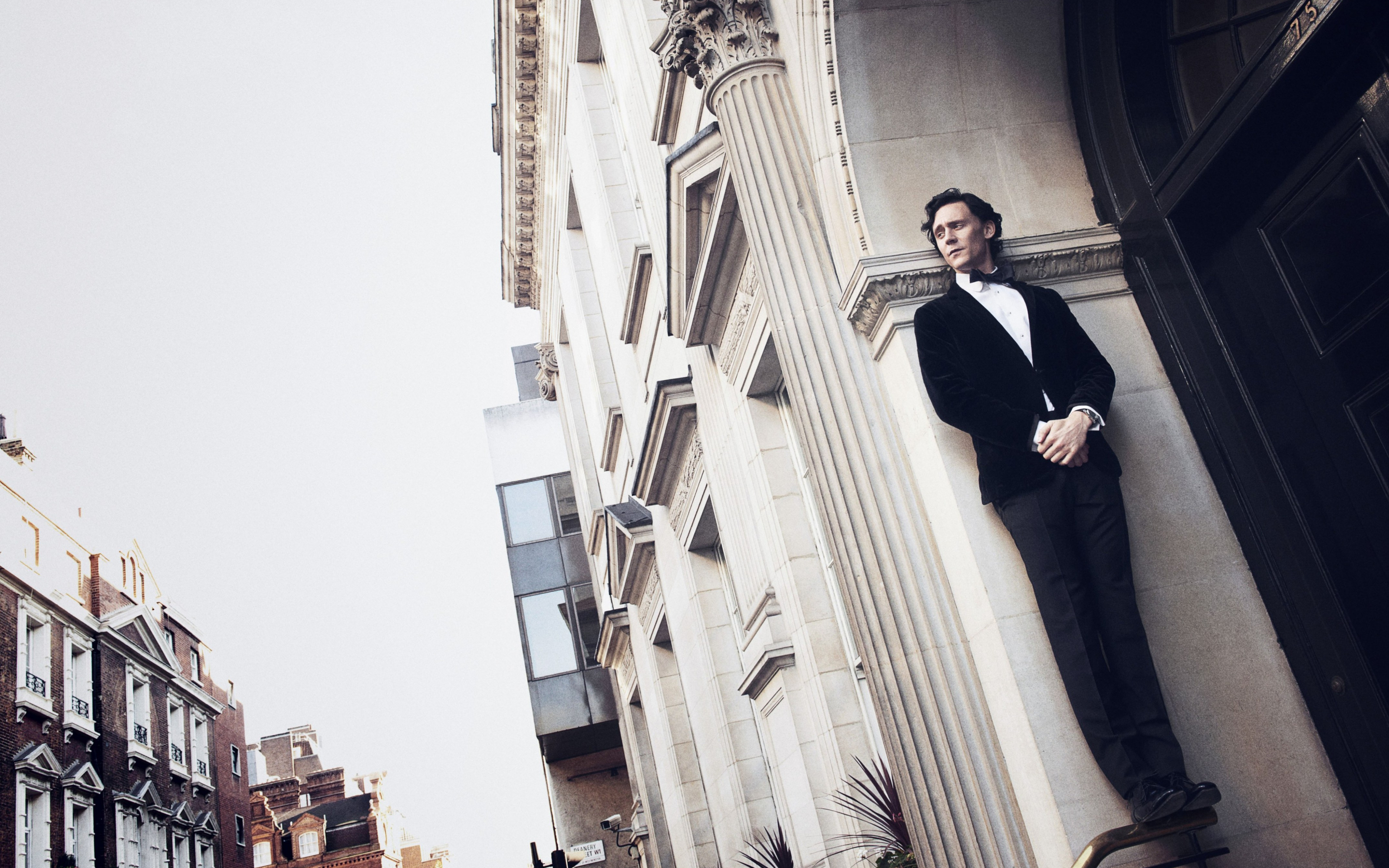 Tom Hiddleston Wallpapers ID493063