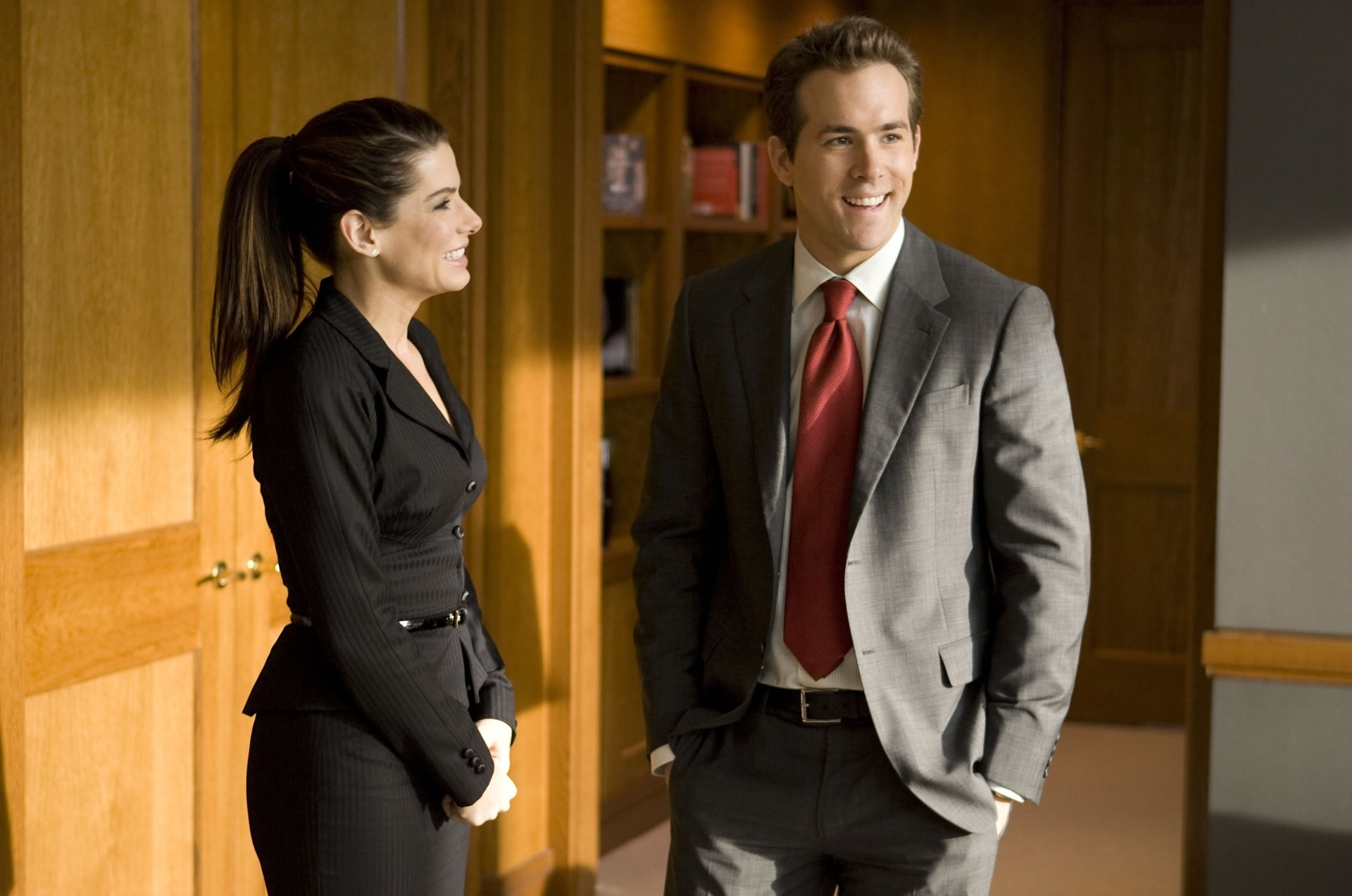 电影 - The Proposal  Ryan Reynolds Sandra Bullock 壁纸