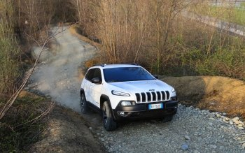 Vehicles - 2014 Jeep Cherokee Wallpapers and Backgrounds ID : 500189