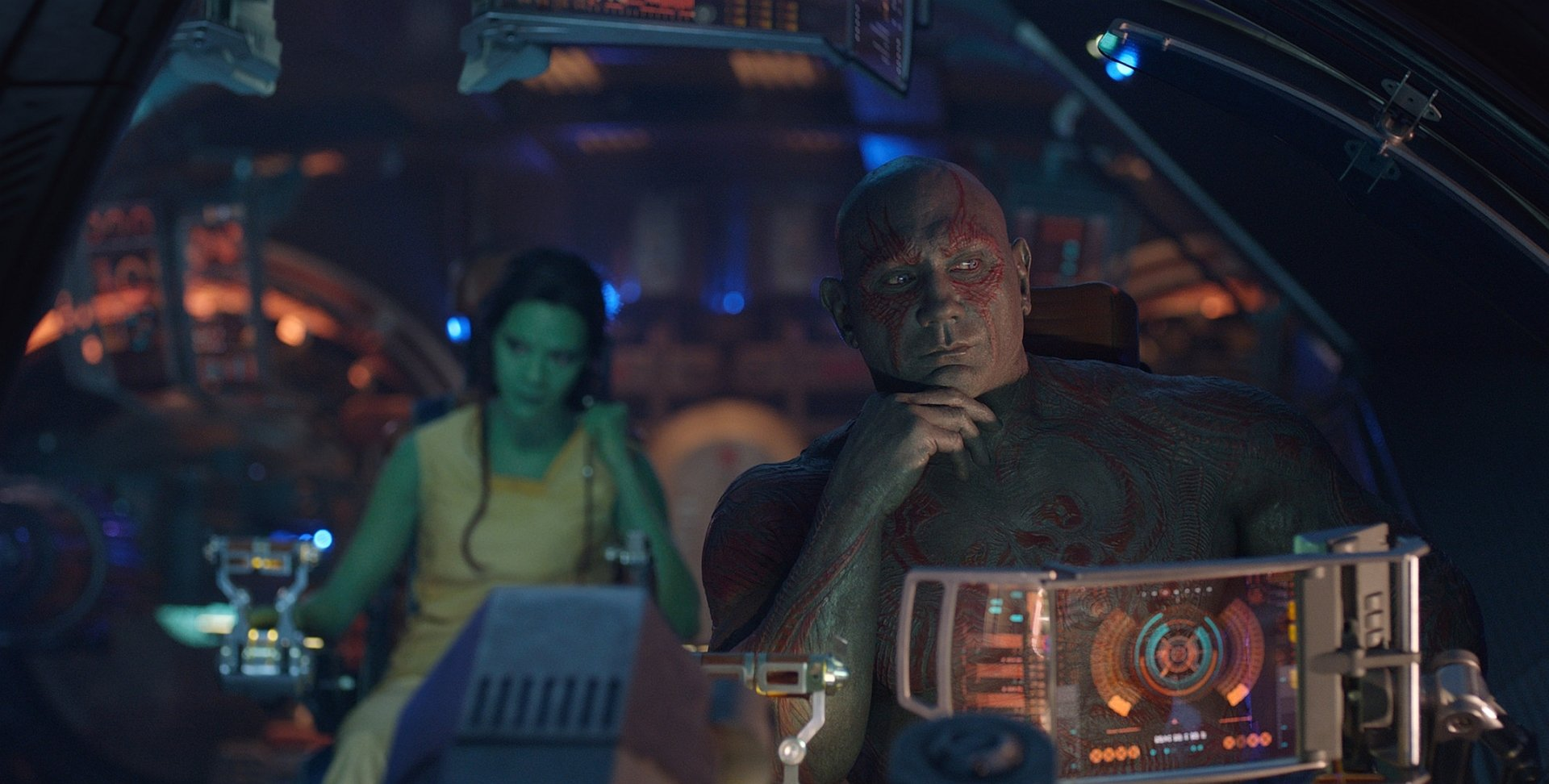 Movie - Guardians of the Galaxy  Dave Bautista Drax The Destroyer Zoe Saldana Gamora Wallpaper