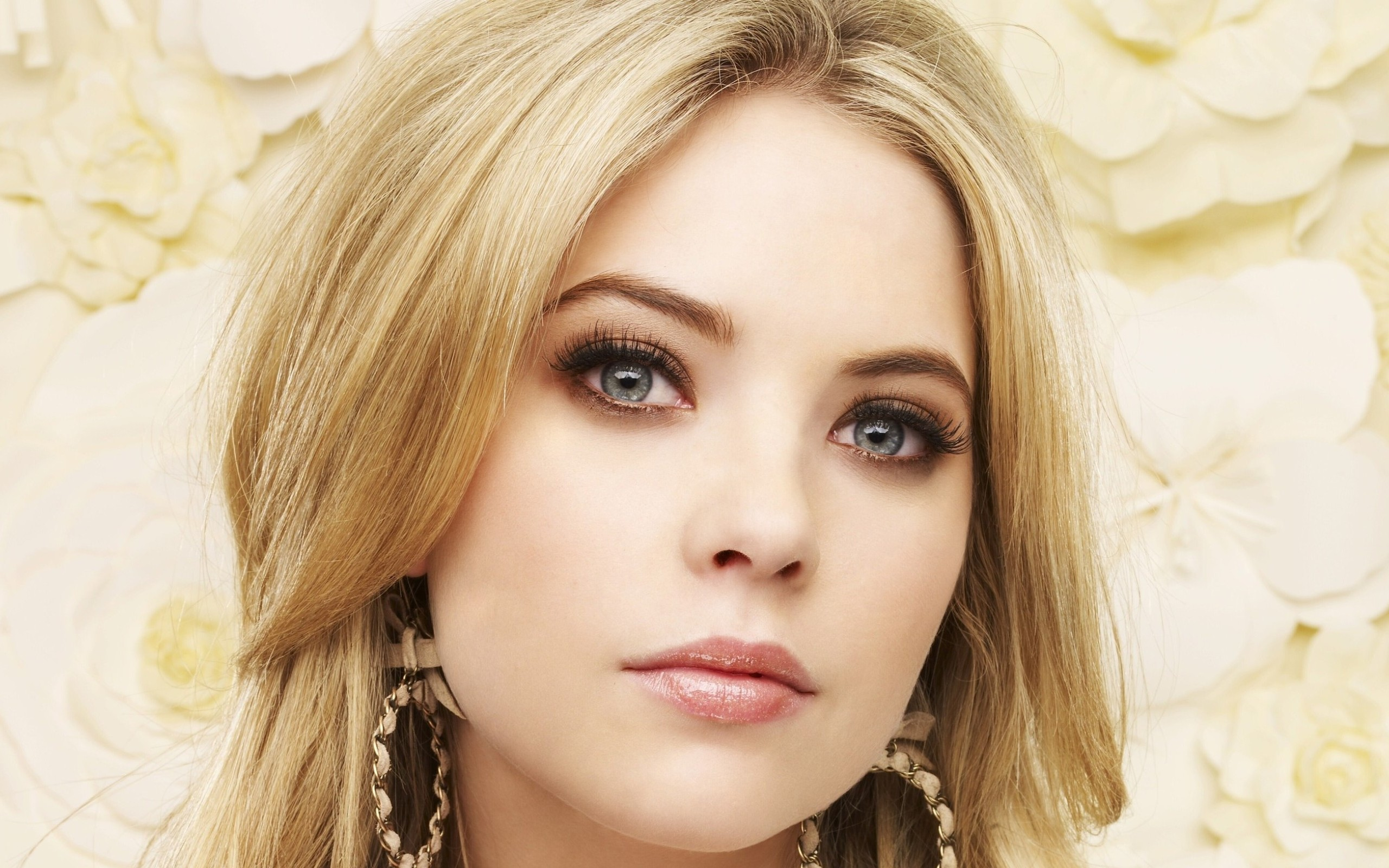 ashley benson full hd wallpaper and background image | 2560x1600