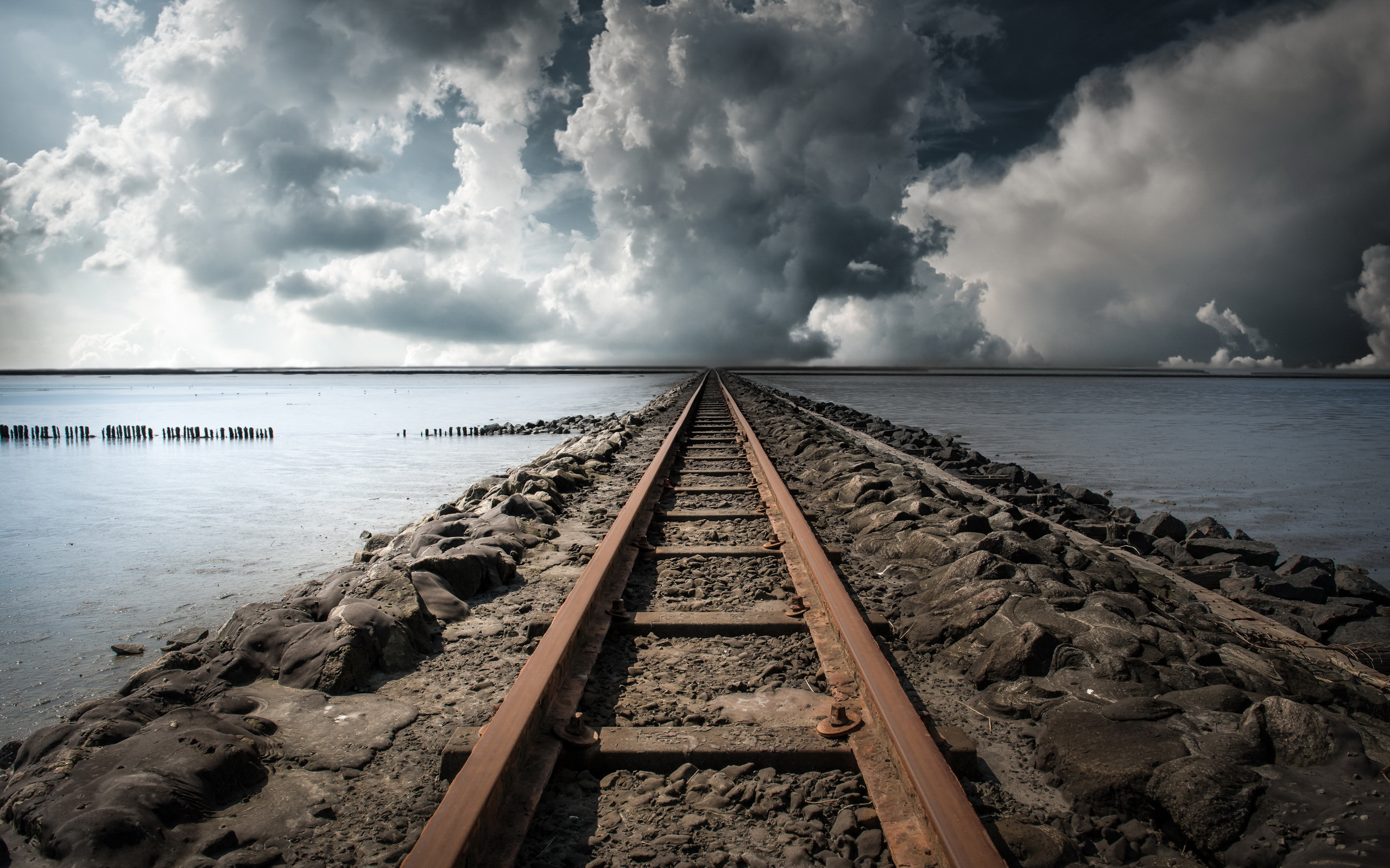 Railroad Hd Wallpaper Background Image 2560x1600 Id 542624