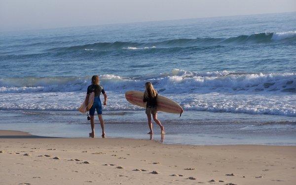 Sports Surfing Surfer Surfboard Ocean Wave Sand Beach People HD Wallpaper | Background Image