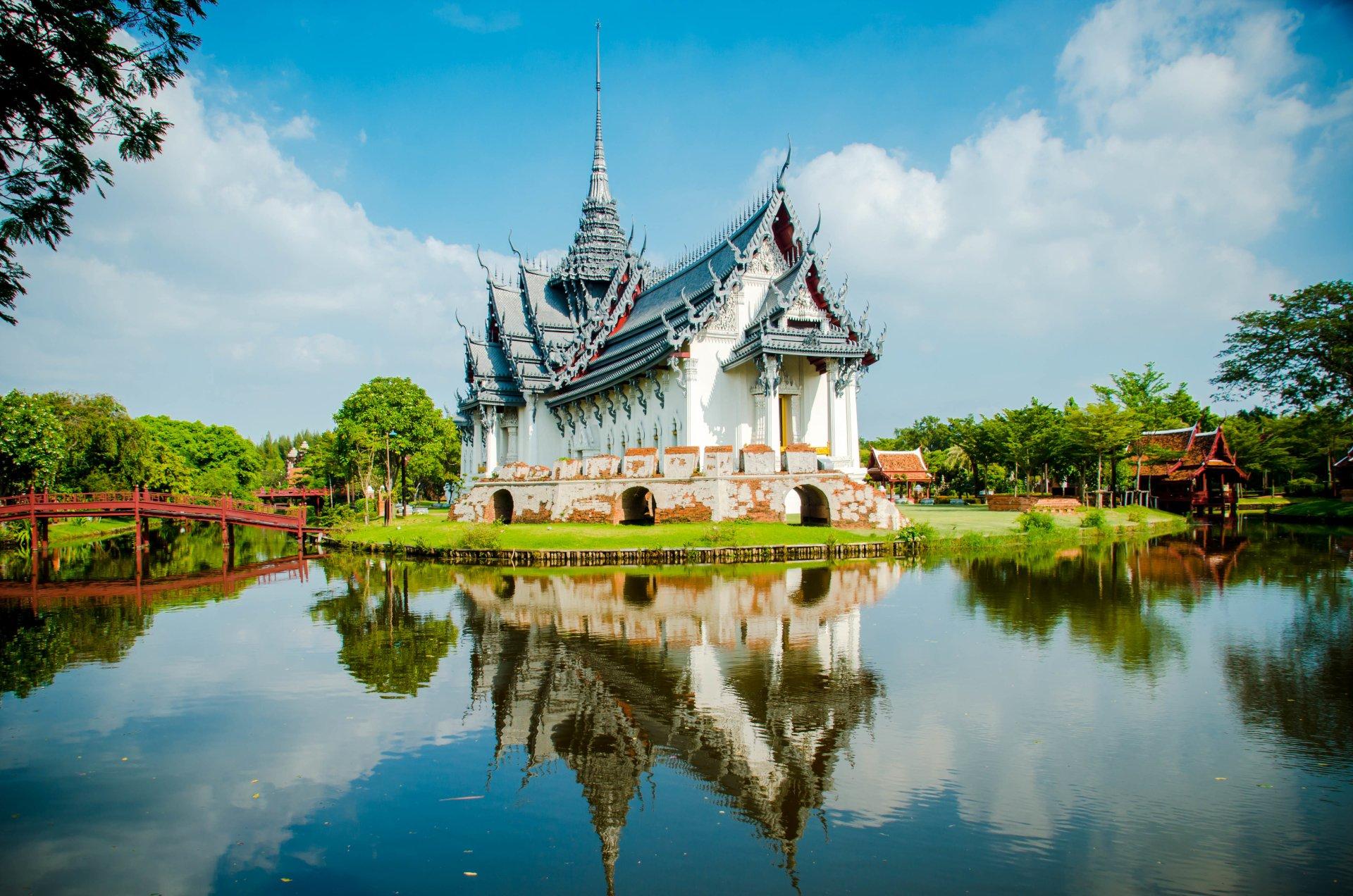 Free thai pics