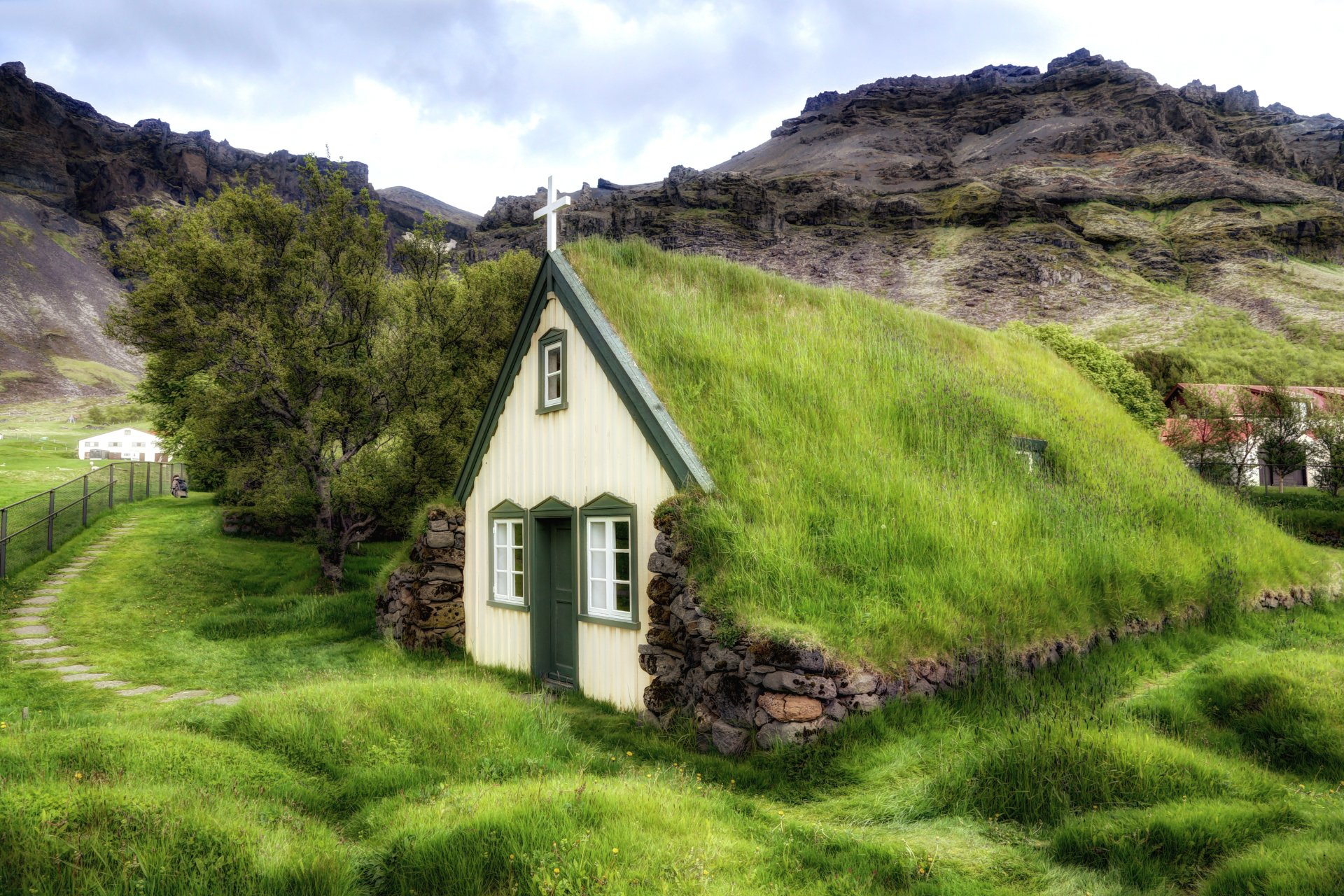 Turf church 5k retina ultra hd wallpaper and background for Holistic house