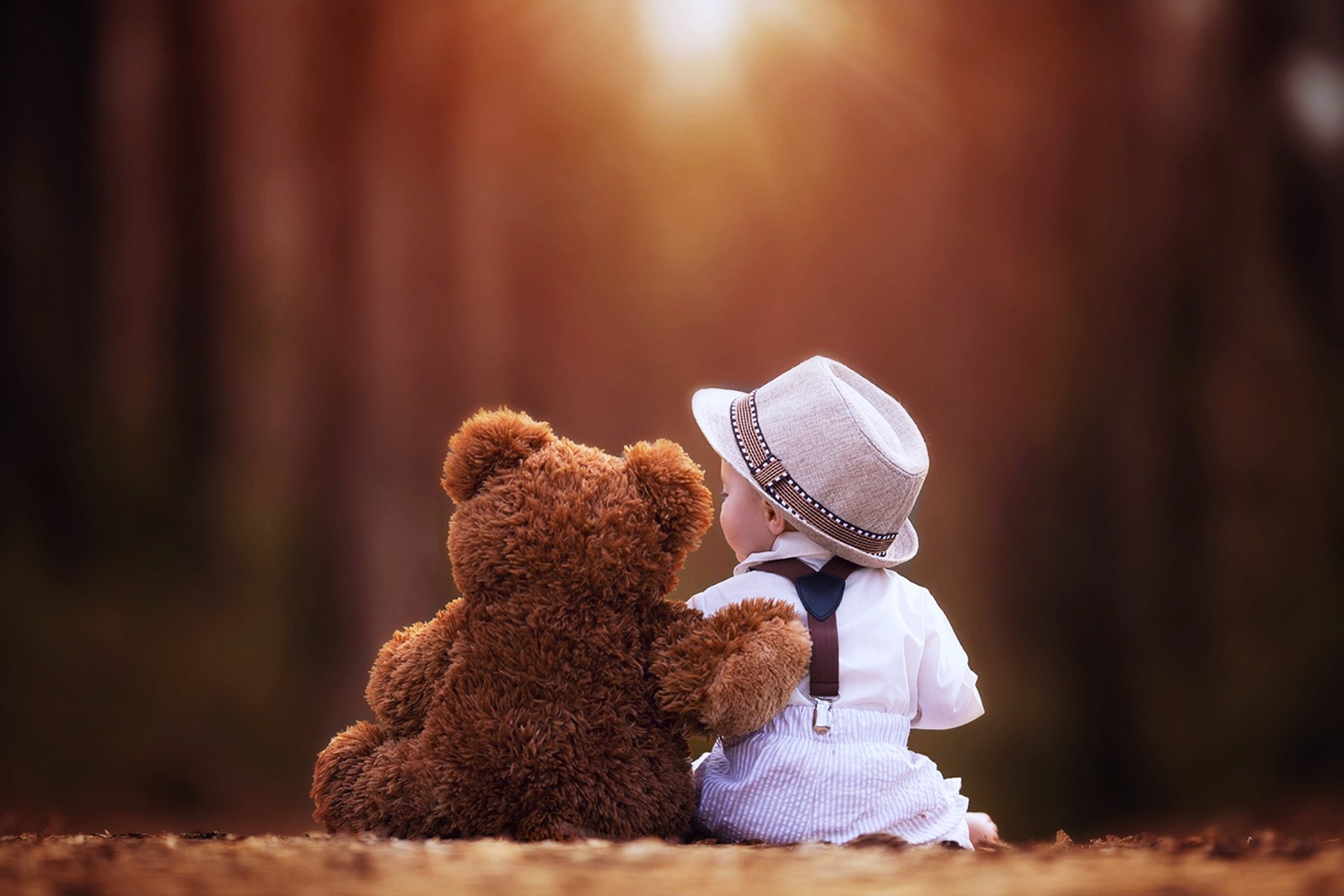 Photography - Child  Teddy Bear Wallpaper