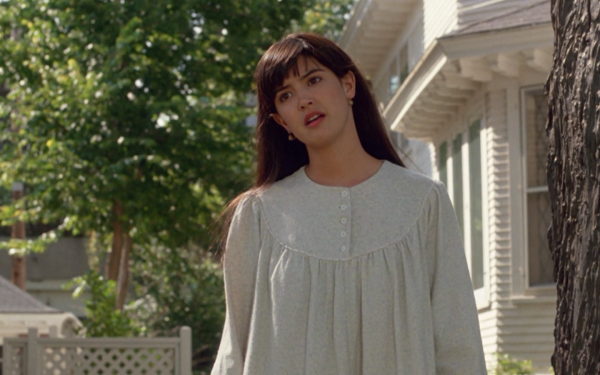 Movie Drop Dead Fred Phoebe Cates HD Wallpaper | Background Image