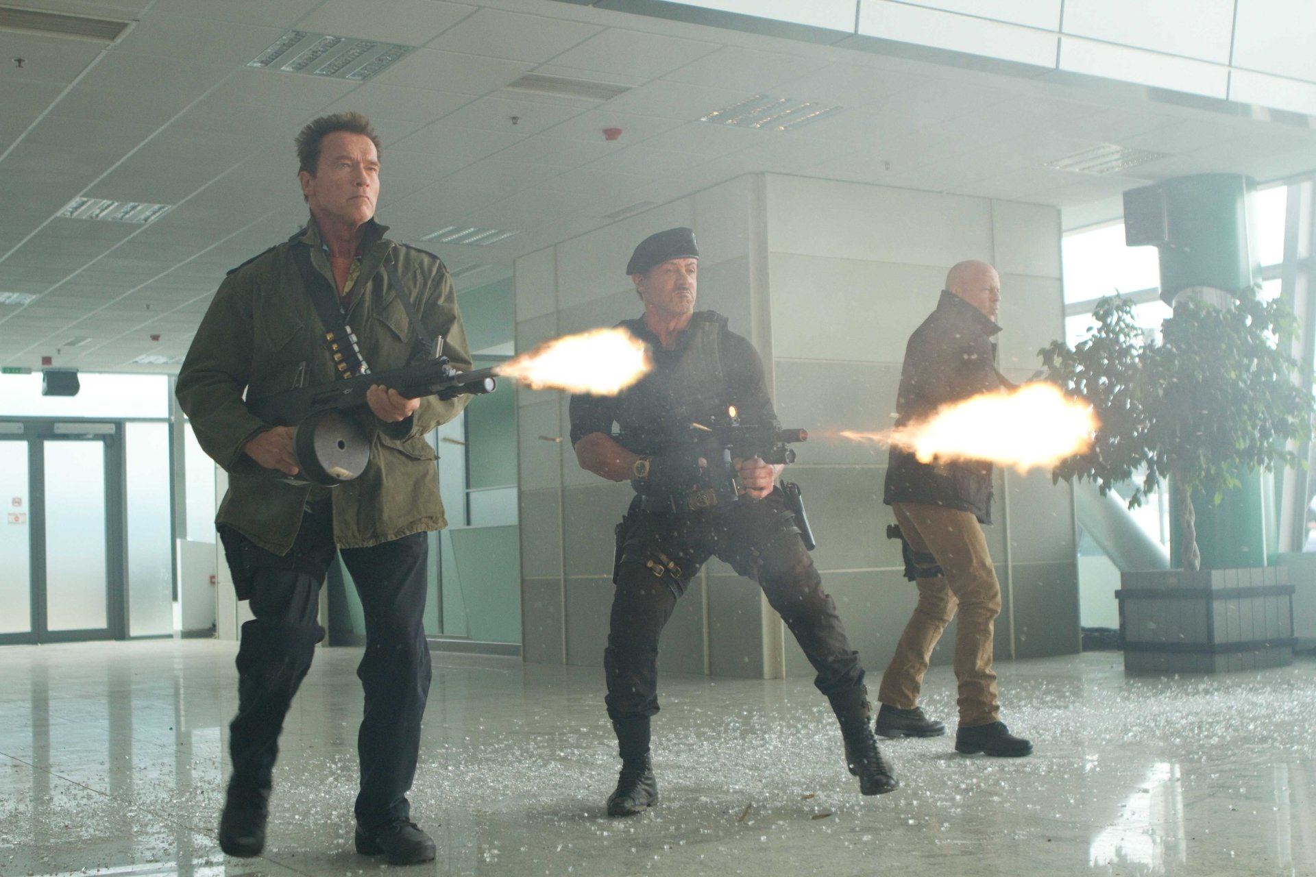 Movie - The Expendables 2  Barney Ross Sylvester Stallone Arnold Schwarzenegger Trench (The Expendables) Bruce Willis Church (The Expendables) Wallpaper