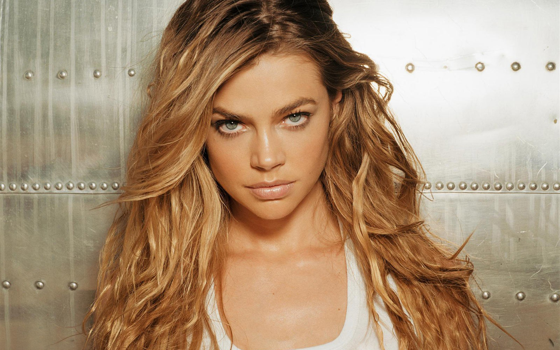denise richards 1920x1200 wallpapers - photo #14