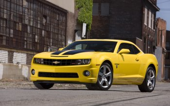 931 Yellow Car Hd Wallpapers Background Images Wallpaper